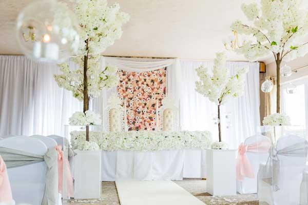 wall drapes